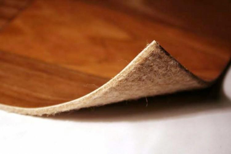 Natural'nyj linoleum na tkanevoj osnove