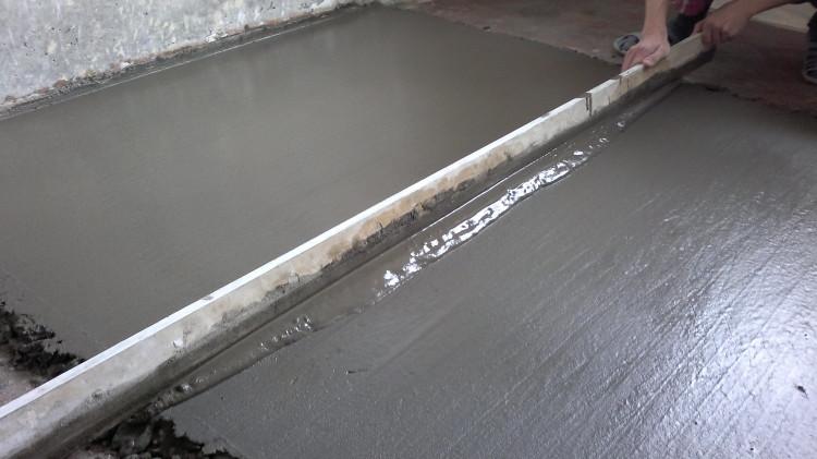 Stjazhka cementno-peschanym rastvorom