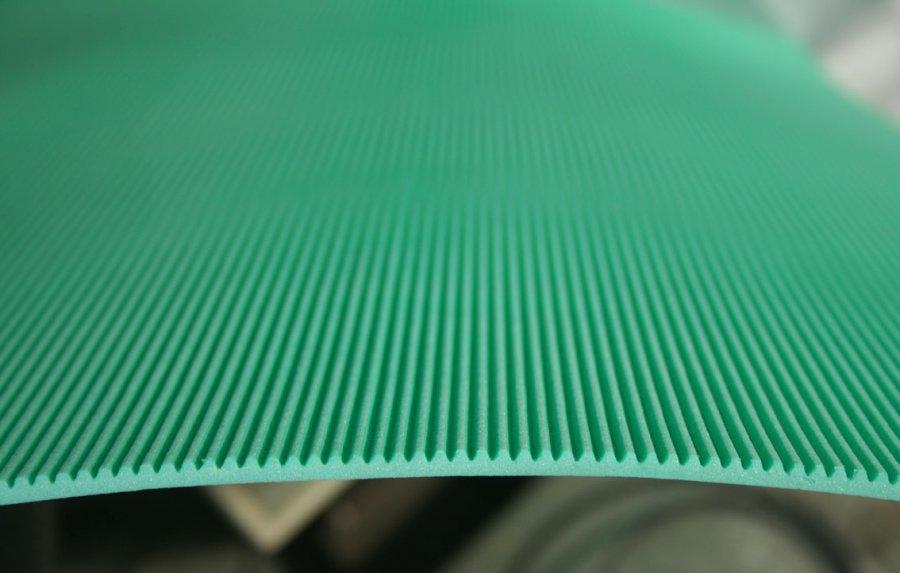 Полистирольная подложка под ламинат
